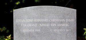 Schlichter Grabstein für niederländischen Prinz Friso