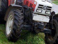 Gefährlich: Anhänger löste sich von Traktor