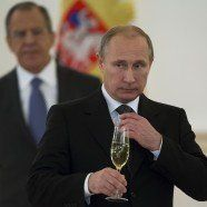 Putins rechtes Netz: Russland finanziert Populisten in der EU