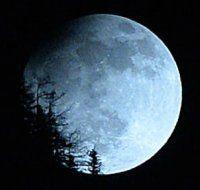 2015 hat Sonnen- und Mondfinsternis zu bieten