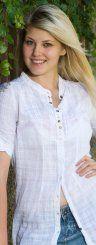 Mit guter Laune und einem hinreißenden Lächeln weiß Angela (22) aus Lustenau zu verzaubern.(Foto: VN/Roland Paulitsch)