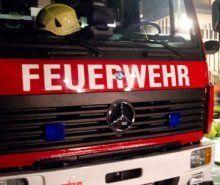 Arlbergschnellstraße: Fahrzeug in Flammen