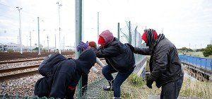 Erneut gefährliche Fluchtversuche durch den Eurotunnel