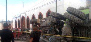 Lastwagen raste in Pilgergruppe in Mexiko
