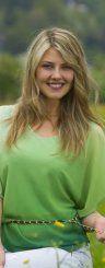 In Sommerlaune: Auch wenn das Wetter in den kommenden Tagen nicht ganz mitspielt – in diesem Kleid versprüht Angela (22) aus Lustenau auf jeden Fall Sommerlaune. (Foto: VN/Paulitsch; Styling: Chiara Bitschnau)