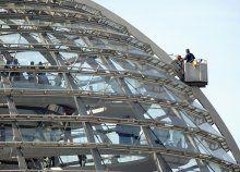 Tropisch: 50 Grad in der Reichstagskuppel