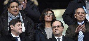 Hollande besuchte Rugby-Spiel im Stade de France