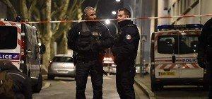 Zwei Männer in Frankreich auf offener Straße erschossen
