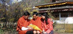 Königspaar von Bhutan präsentierte Prinzen