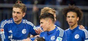 Schalke schlug Wolfsburg 3:0, Schöpf mit Premierentor