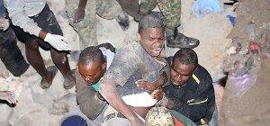 Zehn Tote nach Wohnhaus-Einsturz in Nairobi