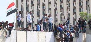 Demonstranten stürmten Parlament in Bagdad