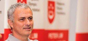 Mourinho und ManUnited offenbar kurz vor Einigung