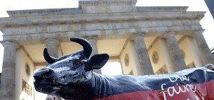 Deutschland sagte 100 Mio. Euro Nothilfe für Milchbauern zu