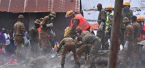 Frau sechs Tage nach Gebäude-Einsturz in Kenia gerettet
