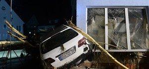 Tote durch zerstörerische Überschwemmungen in Süddeutschland