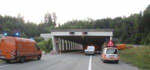 Brennendes Auto im Ambergtunnel – Tunnel gesperrt