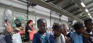 """Caritas """"Orange Day"""": 10 Zahlen und Fakten zum """"Orangen Sack"""" der carla"""