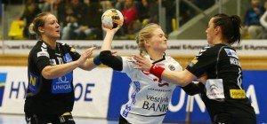 Handball-Damen ziehen blank