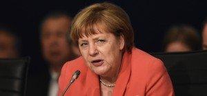 """Angela Merkel: Gauland-Äußerung über Jerome Boateng """"niederträchtig"""""""