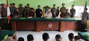 Todesstrafe und chemische Kastration für Kinderschänder in Indonesien