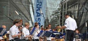 Musikkapellen spielten zur Sommersonnwende