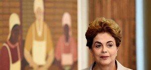 Entscheidung über suspendierte Rousseff Ende August