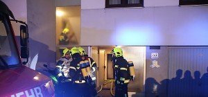 Brandstiftung in Steyr forderte rund 20 Verletzte