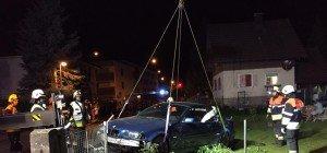 Bregenz: 16 Jähriger verliert bei Spritztour mit Nachbarsauto die Kontrolle über das Fahrzeug