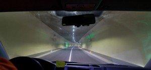 82-jähriger Schweizer als Geisterfahrer im Pfändertunnel