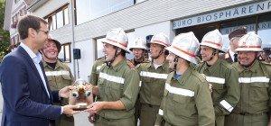 LH Wallner gratuliert Feuerwehr Thüringerberg zum 90-jährigen Bestehen