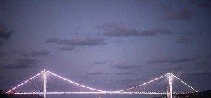Erdogan eröffnete dritte Bosporus-Brücke mit pompöser Feier