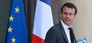 Frankreichs Wirtschaftsminister Macron zurückgetreten