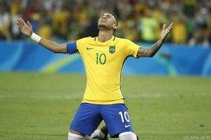Brasilien gewann Fußball-Turnier nach Elferschießen
