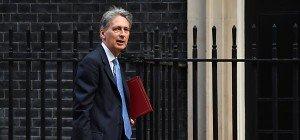 Schelling trifft britischen Finanzminister in London