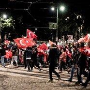 Umfrage: Viele Türken würden für Geld Österreich verlassen