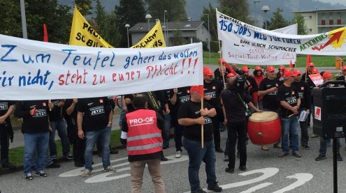 Zumtobel räumt Werk in Usingen - Belegschafts-Demo in Dornbirn
