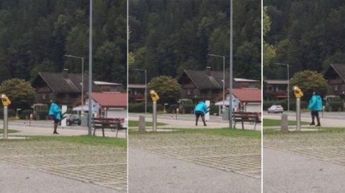 Internet-Hit aus Vandans: Diese Dame rockt am Bahnhof ab!
