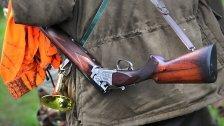Schuss von selbst gelöst: Jäger schwer verletzt