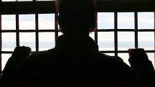 Brutaler Oberländer terrorisiert Ex-Freundin