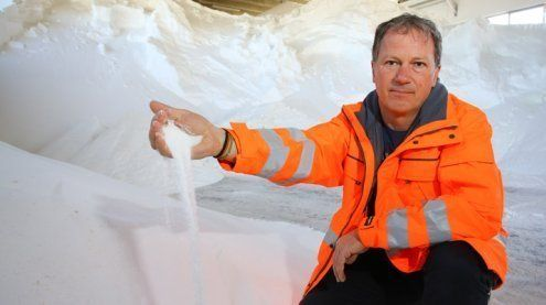 Teures Wetterchaos: 300 Tonnen Salz seit Samstag gestreut