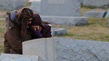 Gräber auf jüdischem Friedhof beschädigt