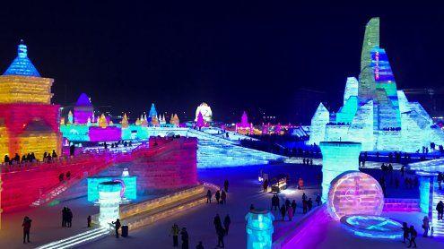 Eis-Festival in China: Eine Stadt aus Eis und Schnee