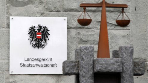9600 Euro Pflegegeld-Zuschüsse für toten Vater von BH kassiert