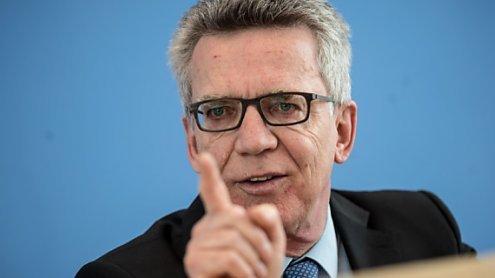 """Neue deutsche Leitkultur? De Maiziere: """"Wir sind nicht Burka"""""""