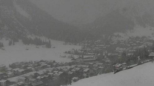 Wintereinbruch am Arlbergpass - Asfinag: Großräumig ausweichen!