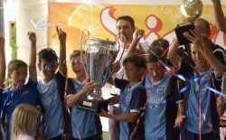 FC Hard siegt beim Neu Amerika Cup