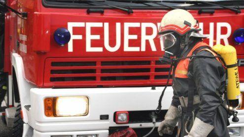 Nach Hauseinbruch Feuer gelegt: Täter kamen aus dem Umfeld