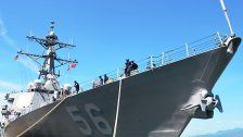 """US-Zerstörer"" kollidiert - Zehn Seeleute vermisst"