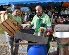 Herbstlicher Dorfmarkt im sonnigen Klaus